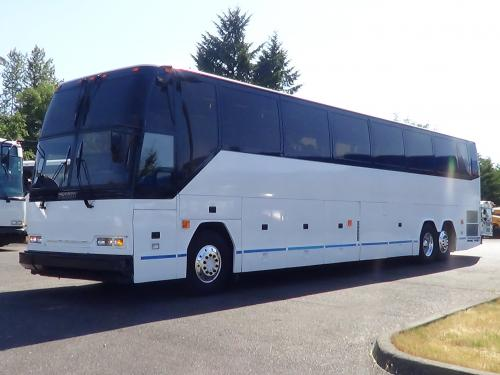 Used Prevost H3-45 56 Passenger Touring Coach Bus - C01177