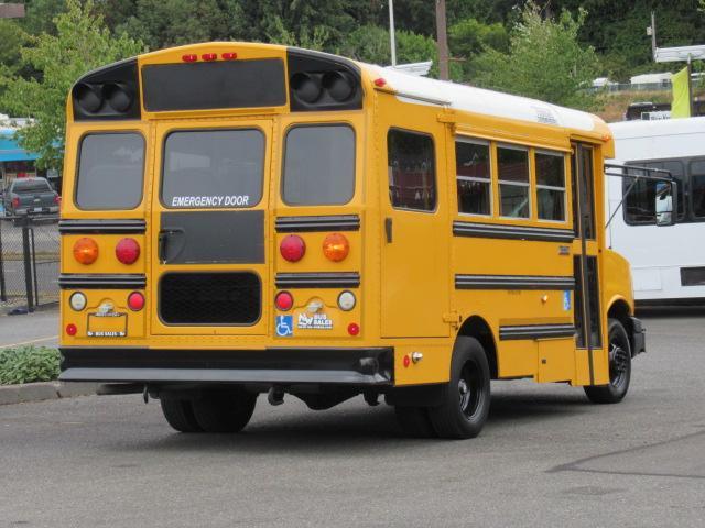 2006 GMC Thomas 6+2 ADA School Bus - B93645