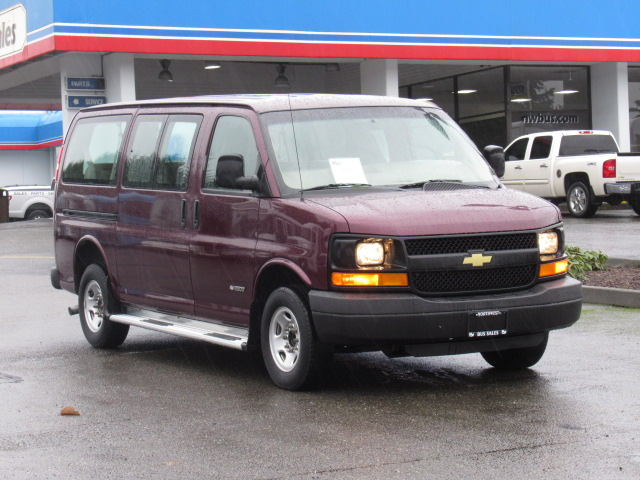 Northwest Bus Sales Inc 2004 Chevrolet Express 11 Passenger Van For Sale S89212