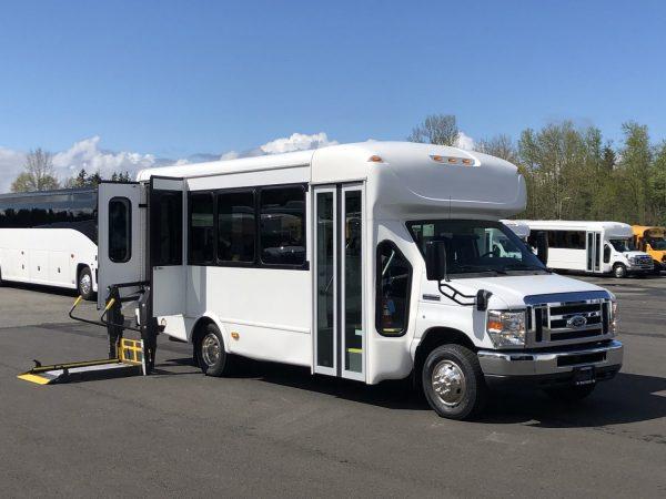 8ccb96e285 2014 Ford Starcraft Allstar 14 Passenger ADA Shuttle Bus – S46522