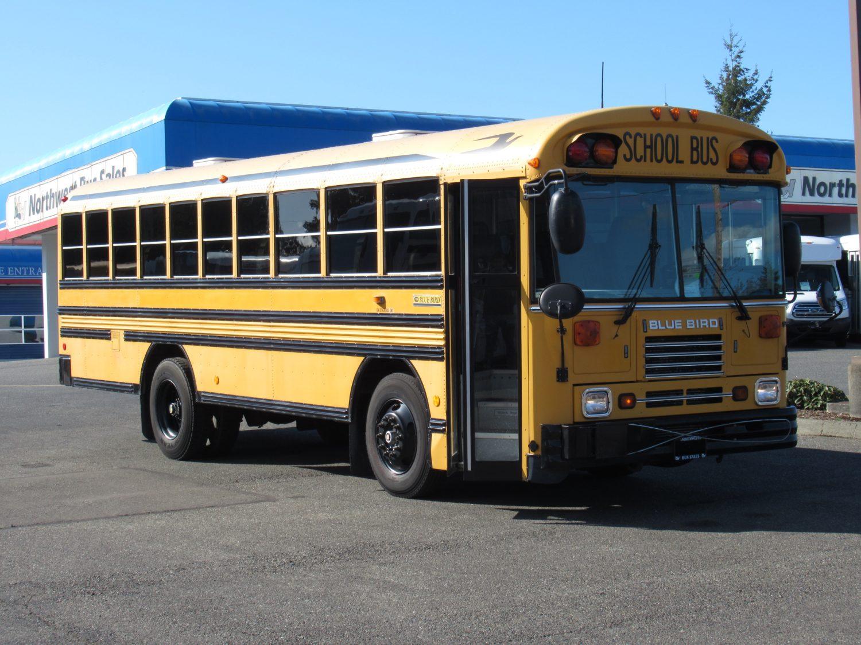 Blue Bird Bus >> 2003 Bluebird Tc2000 48 Passenger School Bus B08984