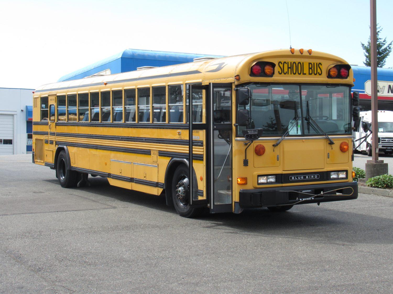 Blue Bird Bus >> 2000 Bluebird All American 84 Passenger School Bus B87982