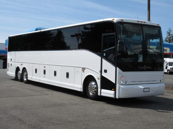 Tour Bus For Sale >> Used New Coach Buses For Sale Big Passenger Buses Northwest